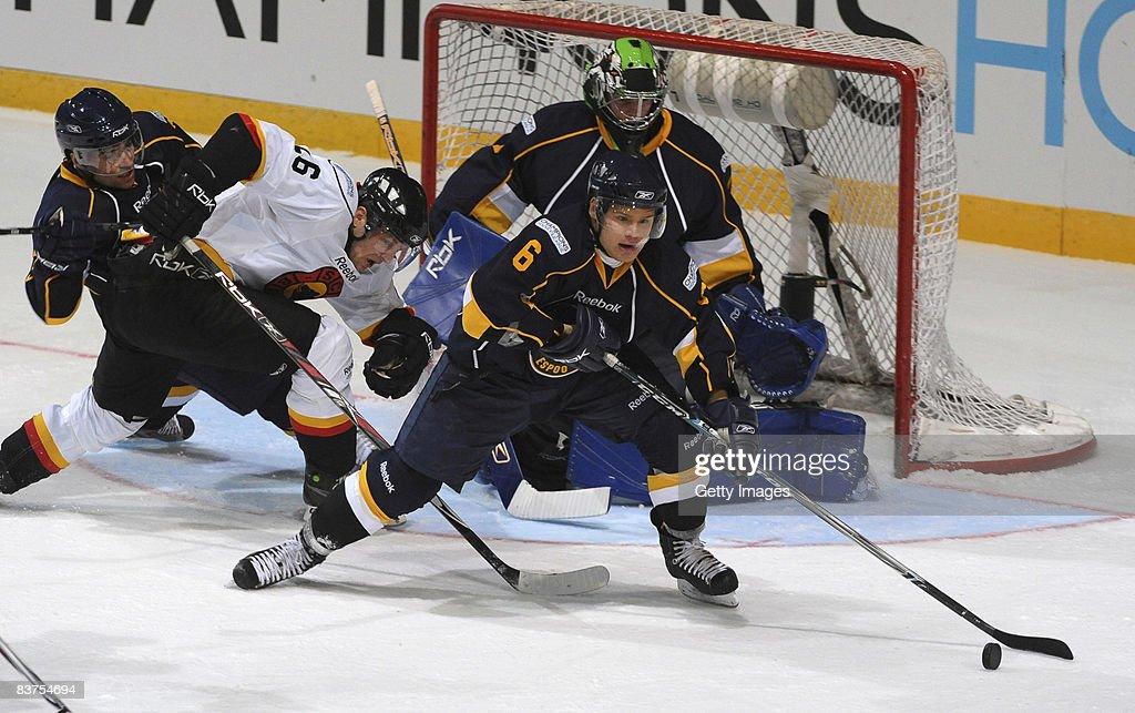 Espoo Blues v SC Bern - IIHF Champions Hockey League : News Photo