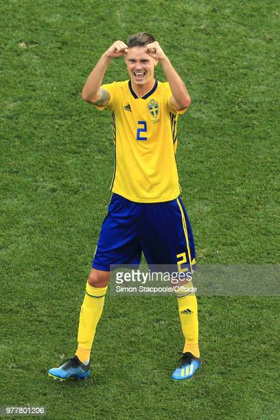 Mikael Lustig of Sweden celebrates their 1-0 victory during the 2018 FIFA World Cup Russia group F match between Sweden and Korea Republic at Nizhniy...