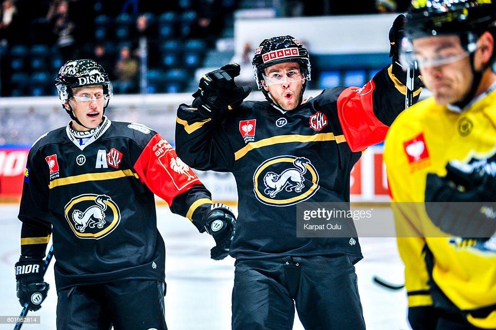 Karpat Oulu v Krefeld Pinguine - Champions Hockey League : News Photo