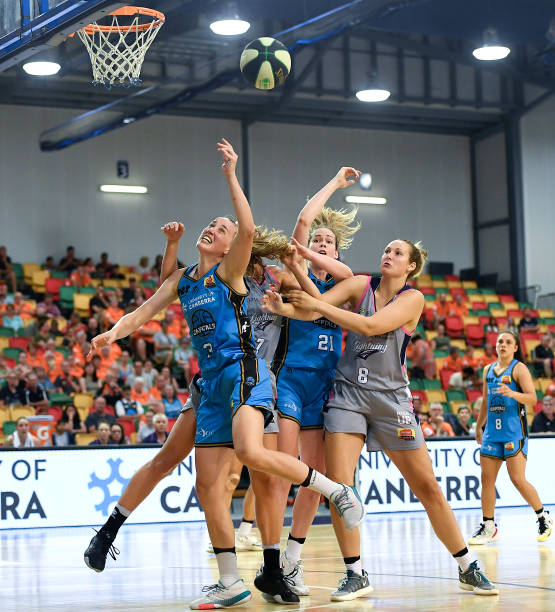 AUS: WNBL Rd 4 - UC Capitals v Adelaide