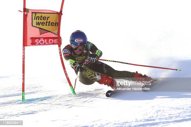 Mikaela Shiffrin of the USA competes during the Audi FIS Alpine Ski World Cup - Women's Giant Slalom at Rettenbachferner on October 26, 2019 in...