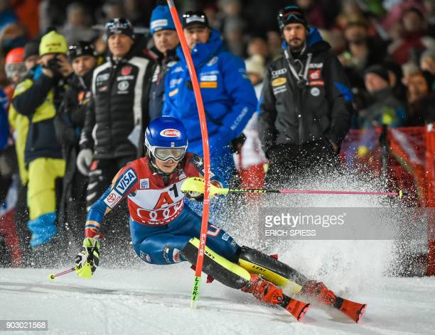 Mikaela Shiffrin of USA competes during first run of the FIS World Cup Ladies night Slalom race in FlachauAustria on January 9 2018 / AFP PHOTO / APA...