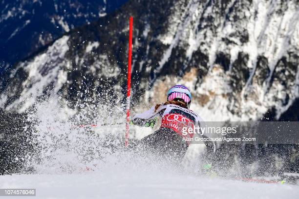 Mikaela Shiffrin of USA competes during the Audi FIS Alpine Ski World Cup Women's Slalom on December 22, 2018 in Courchevel France.