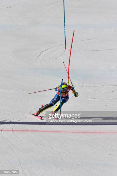 Mikaela Shiffrin of USA competes during the Audi FIS Alpine Ski World Cup Finals Women's Slalom and Men's Giant Slalom on March 18 2017 in Aspen...