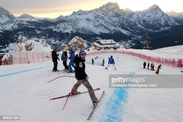 Mikaela Shiffrin of USA inspects the course during the Audi FIS Alpine Ski World Cup Women's Downhill Training on January 18 2018 in Cortina...