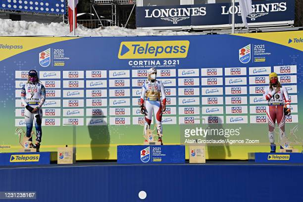 Mikaela Shiffrin of USA wins the silver medal, Lara Gut-behrami of Switzerland wins the gold medal, Katharina Liensberger of Austria wins the bronze...