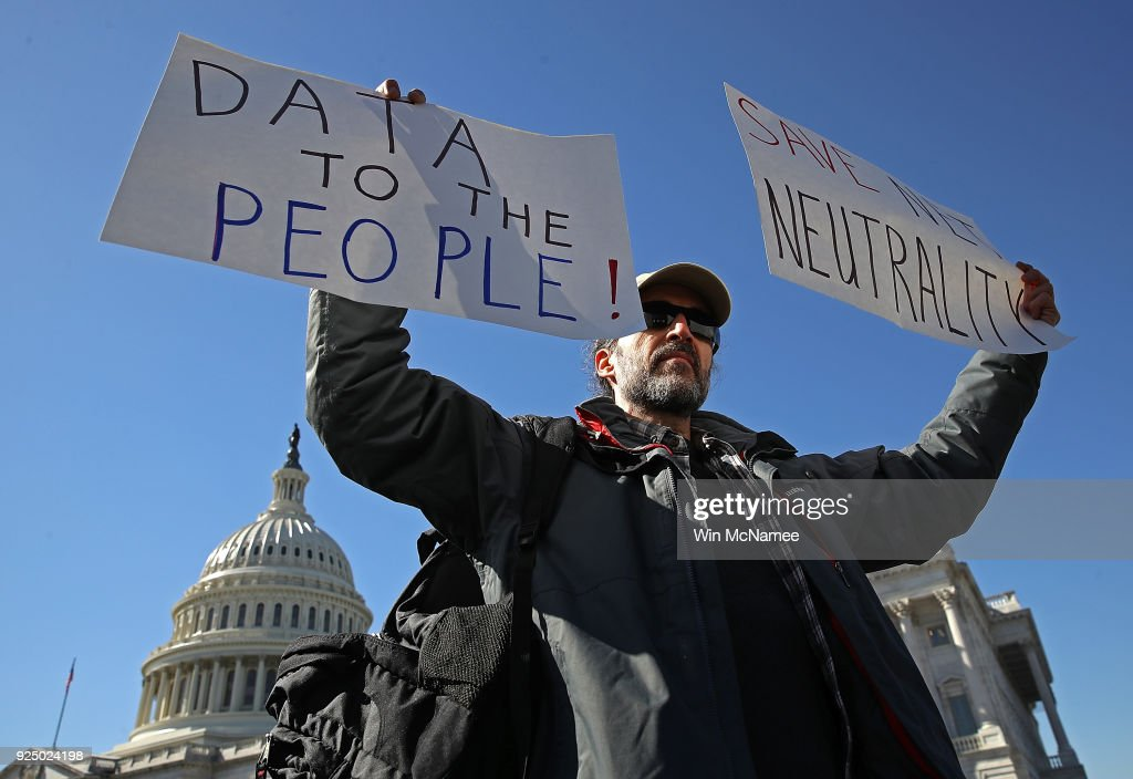 Democratic Senators Hold News Conf. In Support Of Net Neutrality Day Of Action : News Photo