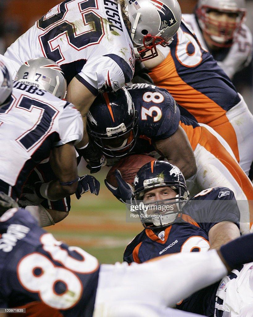 2005 AFC Divisional Playoff Game - New England Patriots vs Denver Broncos -