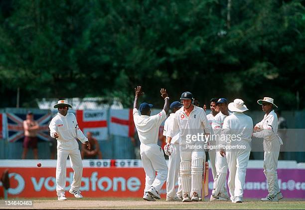 Mike Atherton is out Sri Lanka v England 1st Test Galle Feb 01