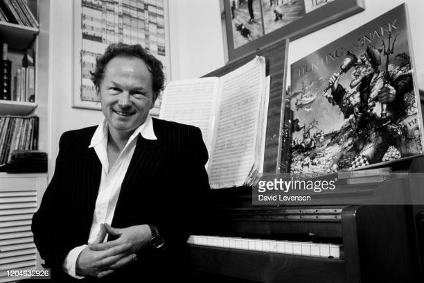 Mike Batt musician singersongwriter at home in London on December 6 1986 He had just produced an album u2018The Hunting of the Snarku2019