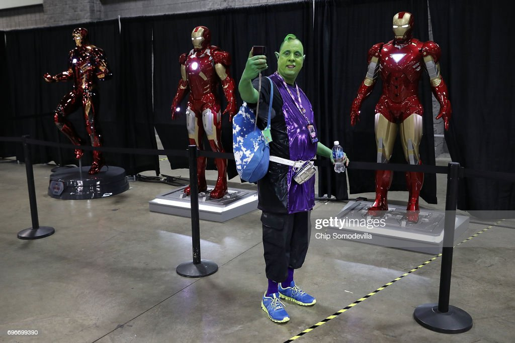 Fans Of Comics And Popular Culture Attend 2017 Washington D.C. Comic Con : News Photo