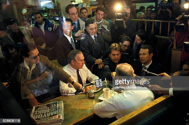 Mike Bloomberg the day after his election as mayor of New York meets at the Court Deli in the Bronx with Bronx Borough President Fernando Ferrer In...