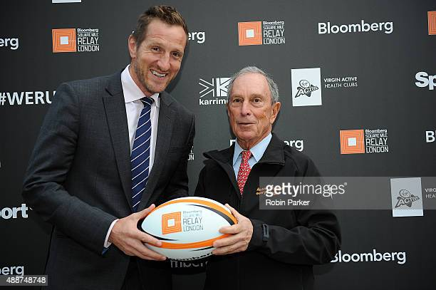 Mike Bloomberg with Will Greenwood MBE during the Bloomberg Square Mile Relay on September 17 2015 in London England