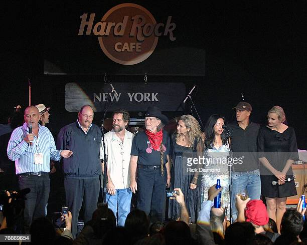 Mike Bowman Board Member SBA Musician Willie Nelson and Harnish Dobbs CEO of Hard Rock Cafe International and others Present The Sustainable...
