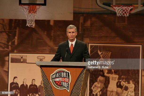 Mike Breen addresses the crowd during the 2008 Hall of Fame Enshrinement Ceremony on September 5 2008 at the Basketball Hall of Fame in Springfield...