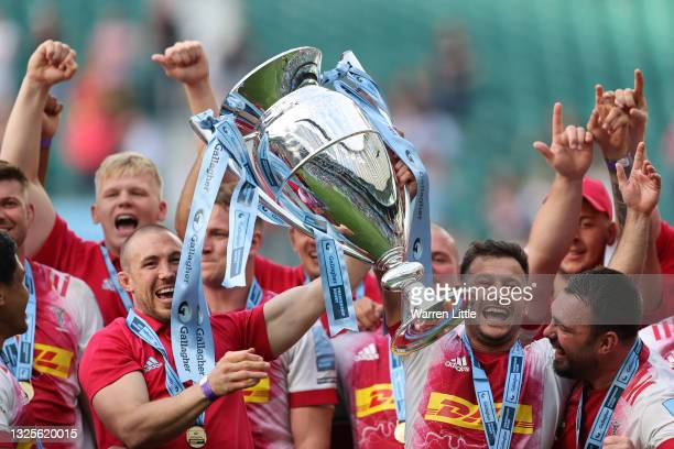 Mike Brown and Danny Care of Harlequins celebrate with the trophy during the Gallagher Premiership Rugby Final between Exeter Chiefs and Harlequins...