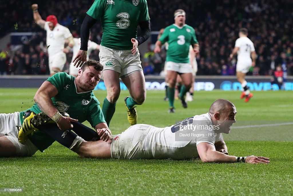Mike Brown of England dives over to score his team's second try during the RBS Six Nations match between England and Ireland at Twickenham Stadium on February 27, 2016 in London, England.