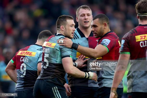 Mike Brown of Harlequins celebrates Harlequins fourth try during the Gallagher Premiership Rugby match between Harlequins and Worcester Warriors at...