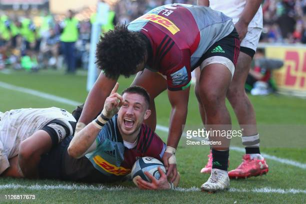 Mike Brown of Harlequins celebrates scoring the third try during the Gallagher Premiership Rugby match between Harlequins and Bristol Bears at...
