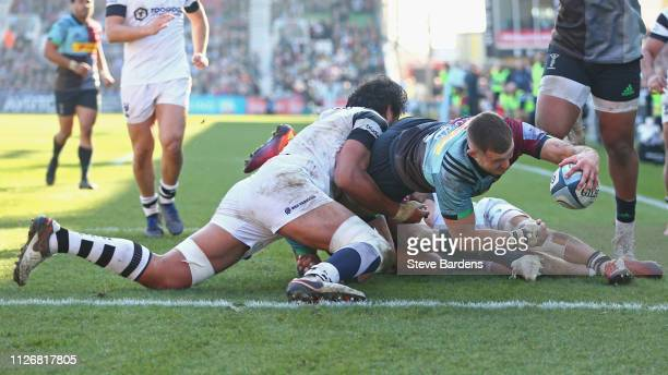 Mike Brown of Harlequins scores the third try during the Gallagher Premiership Rugby match between Harlequins and Bristol Bears at Twickenham Stoop...