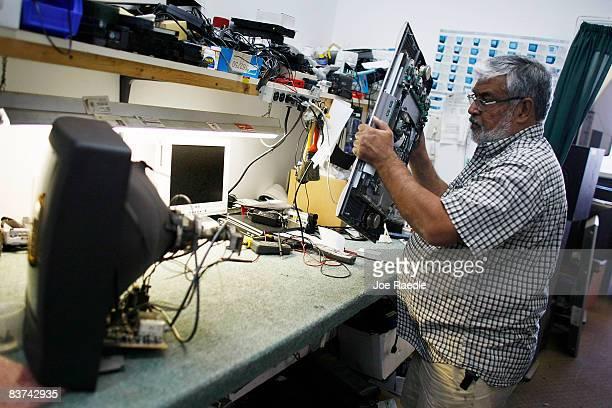 60 principais fotografias e imagens de Tv Services - Getty Images