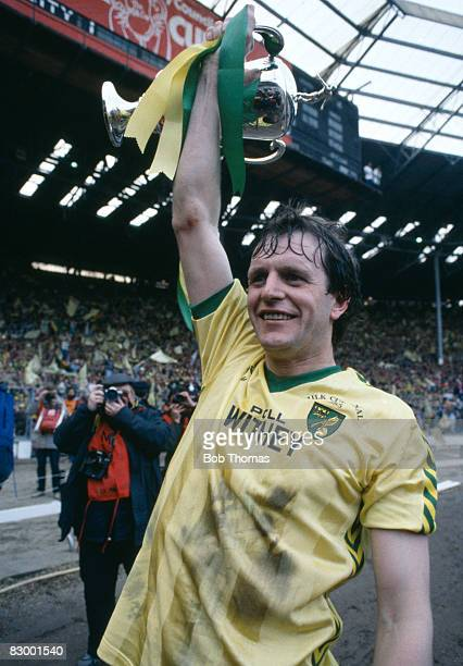 Mike Channon with the Football League Milk Cup after Norwich City had beaten Sunderland in the Final at Wembley Stadium, March 24th 1985. Norwich...