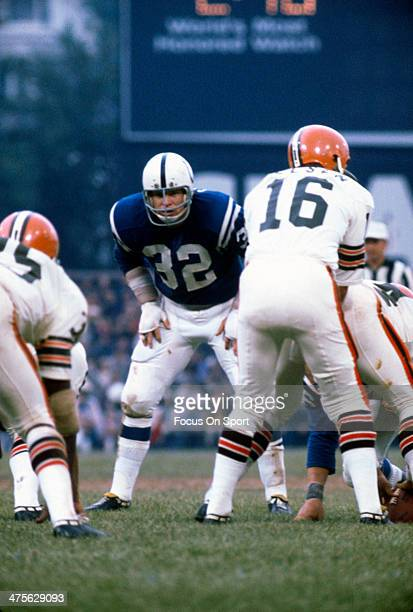 Mike Curtis of the Baltimore Colts in action against the Cleveland Browns during an NFL Football game September 26 1971 at Memorial Stadium in...