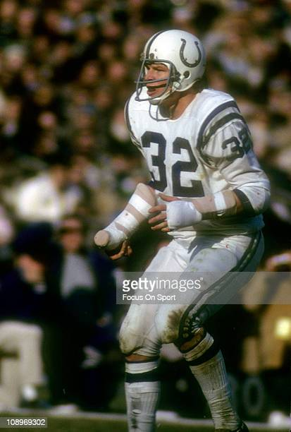 Mike Curtis of the Baltimore Colts in action against the New York Jets during an NFL football game at Shea Stadium November 14 1971 in the Queens...