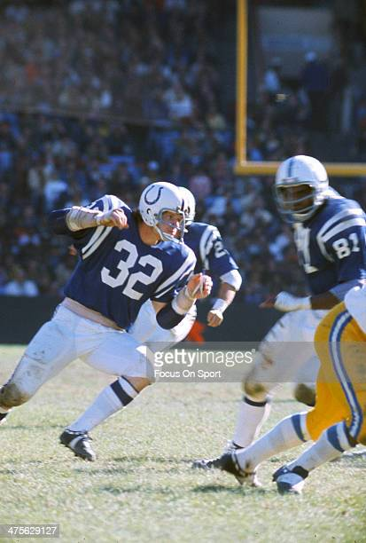 Mike Curtis of the Baltimore Colts pursues the play against the San Diego Chargers during an NFL Football game October 8 1972 at Memorial Stadium in...