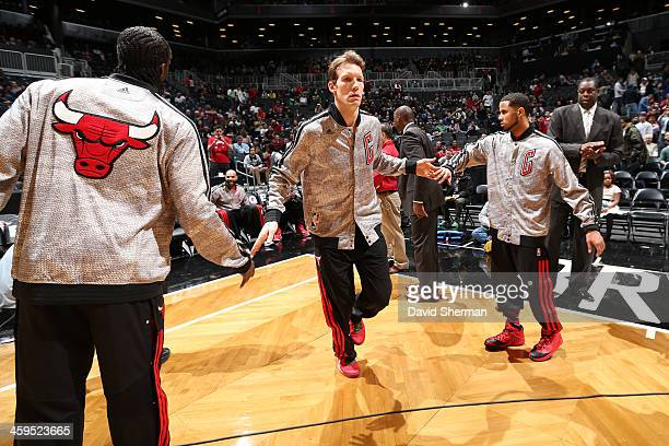 Mike Dunleavy of the Chicago Bulls runs out before the game against the Brooklyn Nets during the Christmas Day game on December 25 2013 at Barclays...