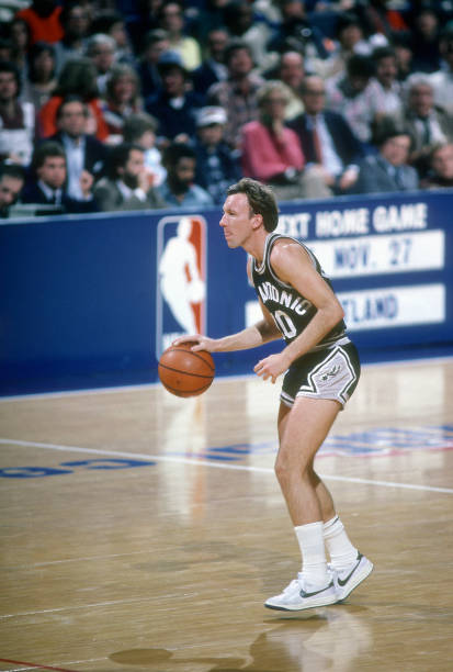 mike-dunleavy-of-the-san-antonio-spurs-d