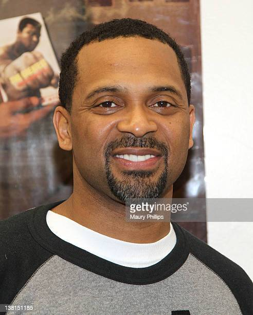 Mike Epps attends the Michael and Mechelle Epps Foundation Media Day at the Crispus Attucks Medical Magnet High School on February 3 2012 in...