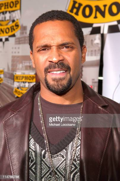 Mike Epps during 2006 VH1 Hip Hop Honors Red Carpet at Hammerstein Ballroom in New York City New York United States