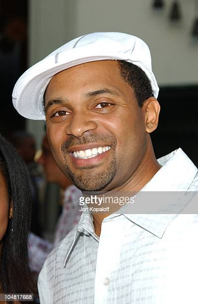 Mike Epps during The Italian Job Premiere Red Carpet Arrivals at Mann's Chinese Theater in Hollywood California United States