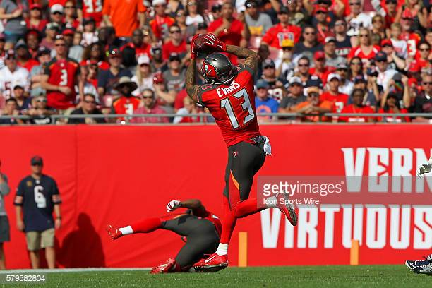Mike Evans of the Buccaneers makes a catch during the NFL game between the Chicago Bears and Tampa Bay Buccaneers at Raymond James Stadium in Tampa FL