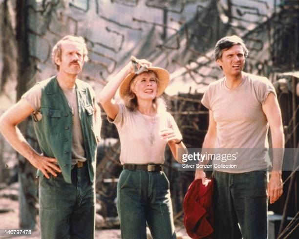 Mike Farrell US actor Loretta Swit US actress and Alan Alda US actor in a publicity still issued for the US television series 'M*A*S*H' USA circa...