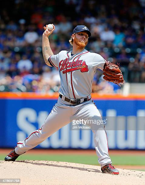 Mike Foltynewicz of the Atlanta Braves in action against the New York Mets at Citi Field on June 14 2015 in the Flushing neighborhood of the Queens...