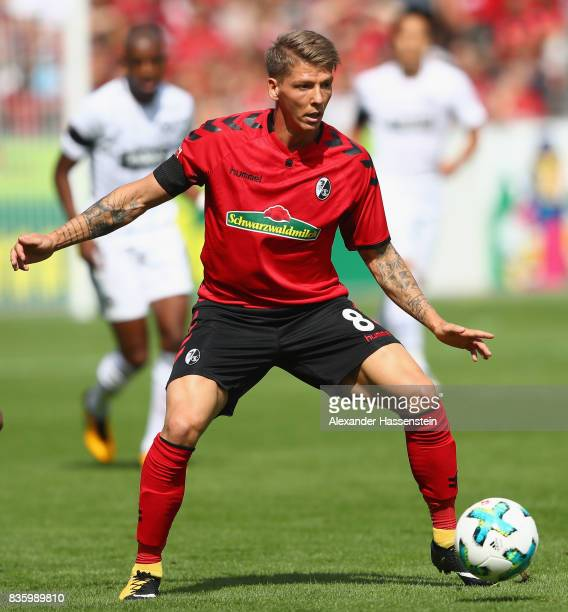 Mike Frantz of Freiburg runs with the ball during the Bundesliga match between SportClub Freiburg and Eintracht Frankfurt at SchwarzwaldStadion on...