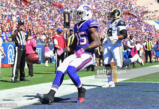Mike Gillislee of the Buffalo Bills celebrates a touchdown in the second quarter of the game against the Los Angeles Rams at the Los Angeles Memorial...