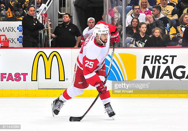 Mike Green of the Detroit Red Wings takes a shot on goal against the Pittsburgh Penguins at Consol Energy Center on February 18, 2016 in Pittsburgh,...