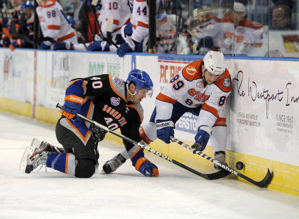Syracuse Crunch v Bridgeport Sound Tigers Photos and Images