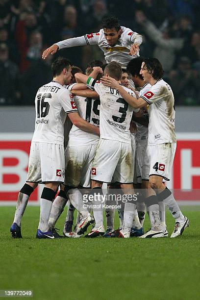 Mike Hanke (hiddLuuk De Jong of Moenchengladbach celebrates the first goal with his team mates during the Bundesliga match between Borussia...