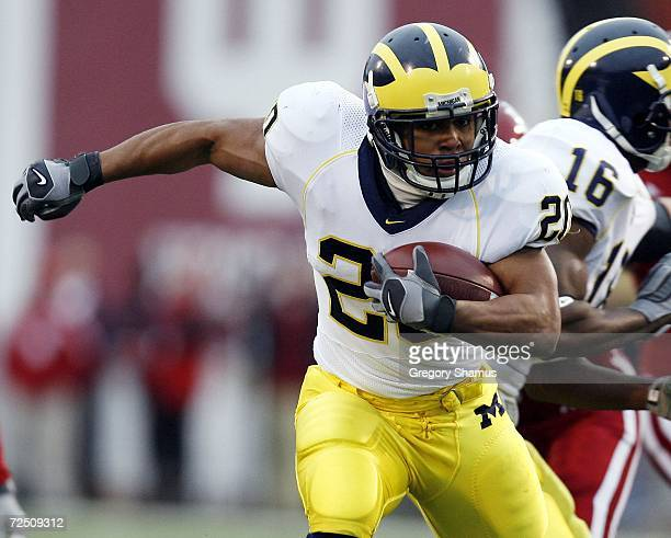 Mike Hart of the Michigan Wolverines looks for running room against the Indiana Hoosiers during first quarter action on November 11 2006 at Memorial...