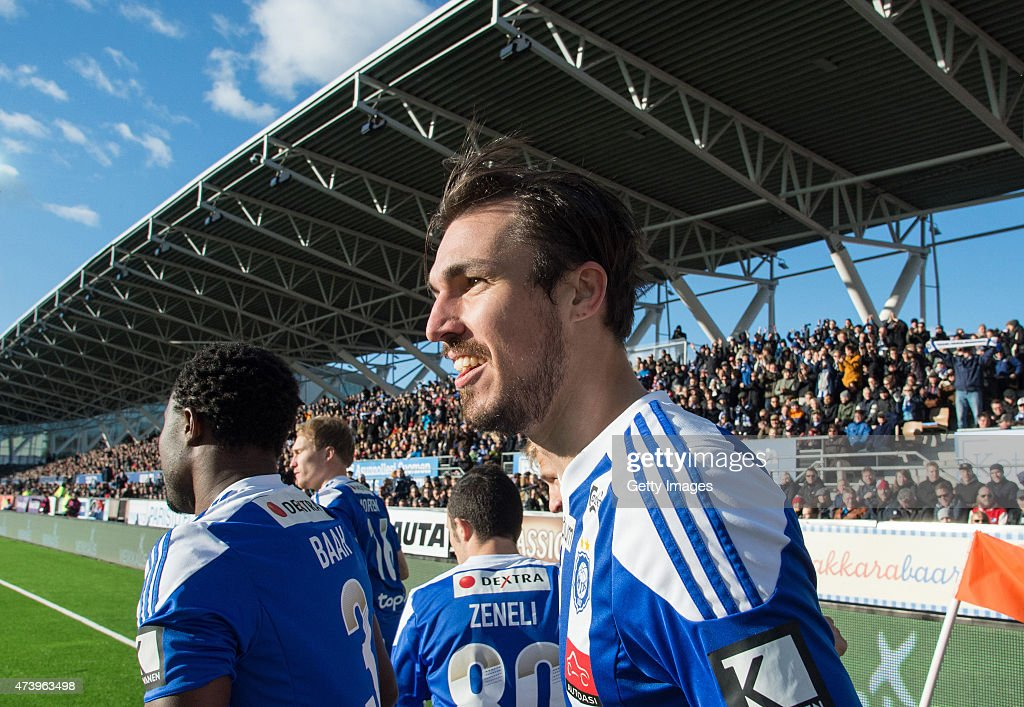 Mike Havenaar of HJK Helsinki celebartes scoring his team's first goal during the Finnish First Division match between HJK Helsinki and HIFK Helsinki at Sonera Stadium on April 23, 2015 in Helsinki, Finland.