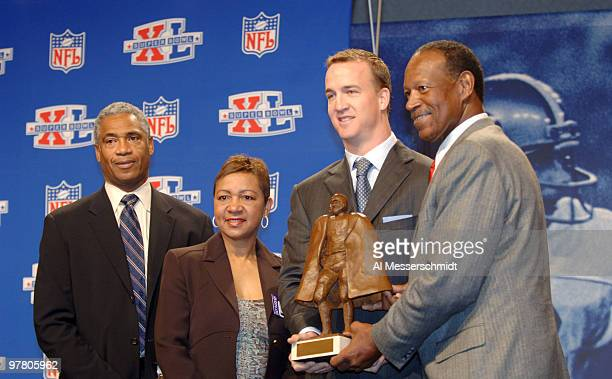 Mike Haynes of the NFL Connie Payton Walter Payton's wife Peyton Manning and Gene Upshaw President of the NFL Player's Association at the Walter...