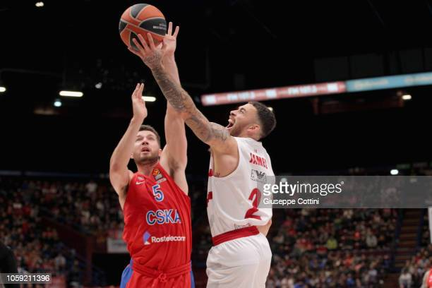 Mike James #2 of AX Armani Exchange Olimpia Milan competes with Alec Peters #5 of CSKA Moscow during the 2018/2019 Turkish Airlines EuroLeague...