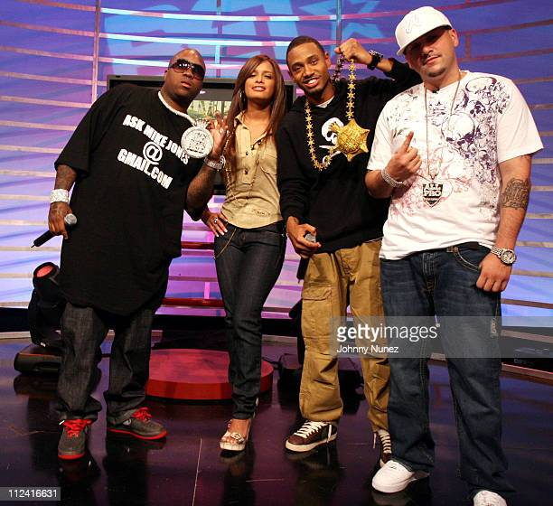 Mike Jones Rocsi Terrence and DJ All Pro during Mike Jones Visits 106 Park May 18 2007 at BET in New York New York United States
