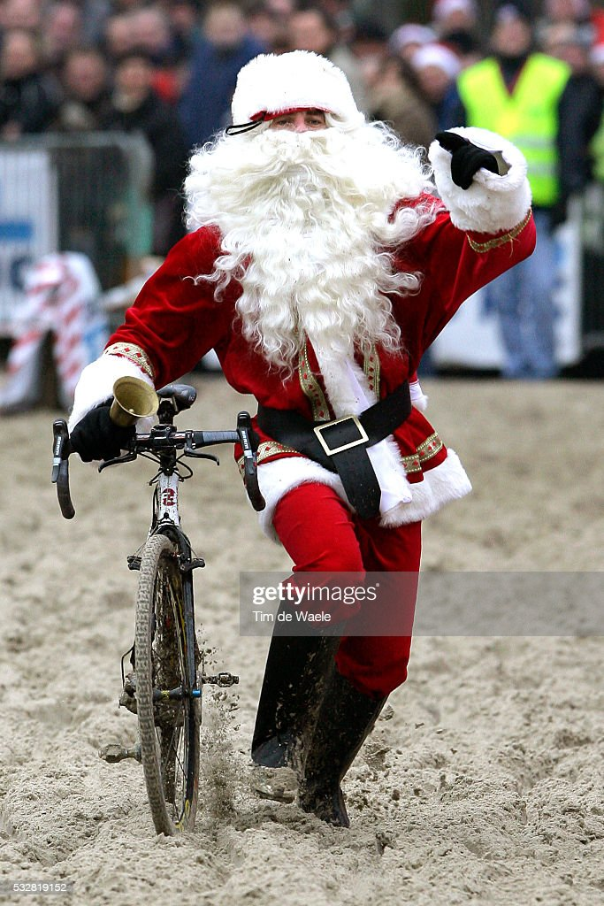 Mike Kluge (GER) wears a Santa Claus costume during the cyclocross World Cup event in Hofstade.