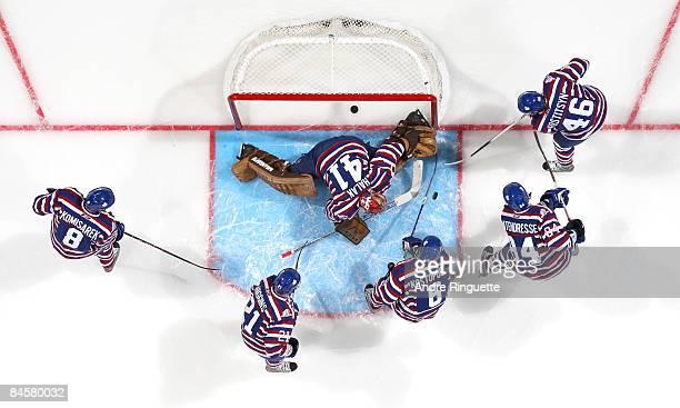 Mike Komisarek Christopher Higgins Tom Kostopoulos Guillaume Latendresse Andrei Kostitsyn and Jaroslav Halak of the Montreal Canadiens warm up in...