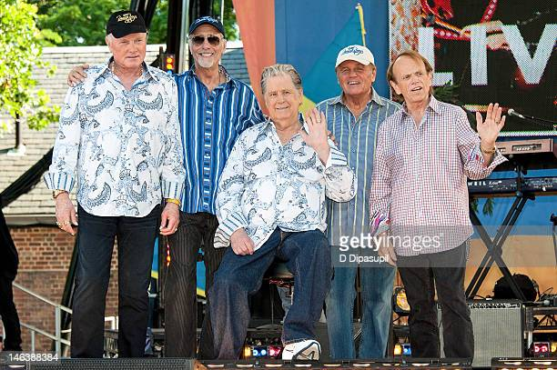 Mike Love David Marks Brian Wilson Bruce Johnston and Al Jardine of The Beach Boys pose on stage after performing on ABC's Good Morning America at...